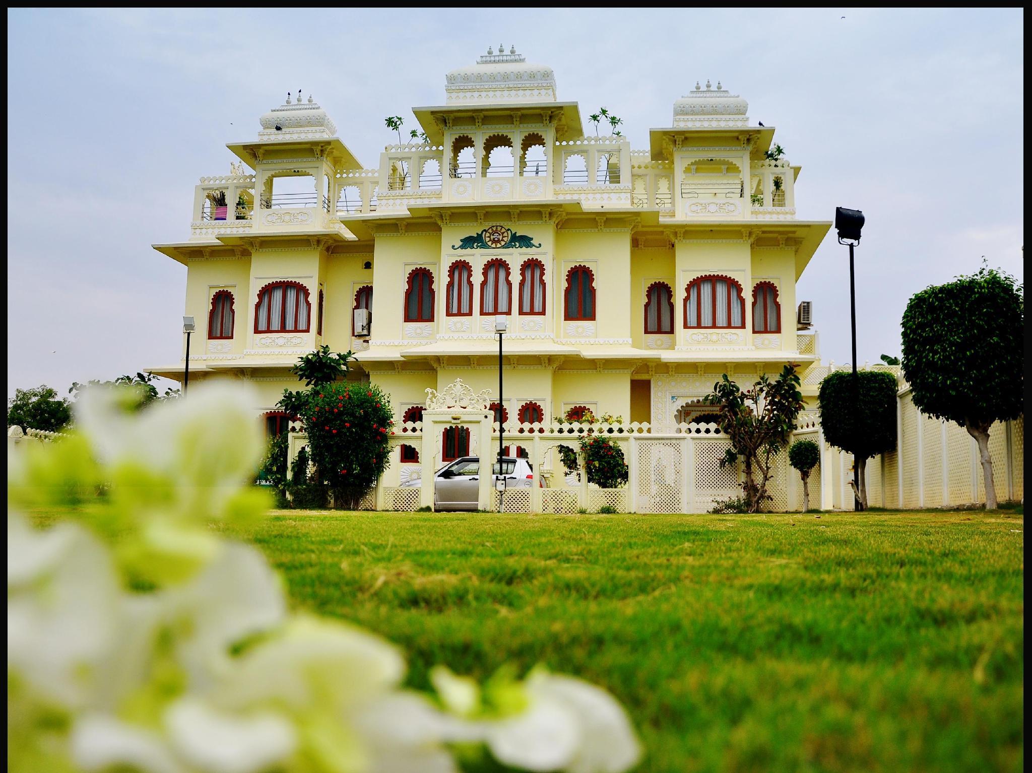 Hotel Jaisingh Garh - Udaipur