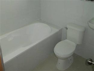 Princess Perrine Suites Davao - Bathroom