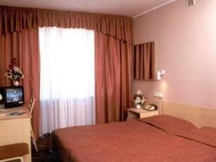 Hotel Stroomi Tallinn - Konuk Odası