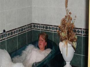 Susi Hotel Tallinn - Bathroom