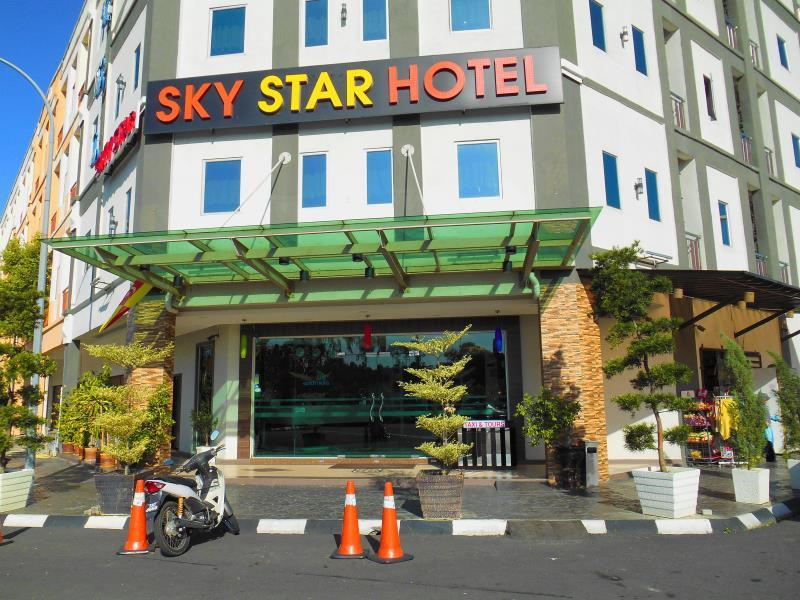 Sky Star Hotel - Hotels and Accommodation in Malaysia, Asia