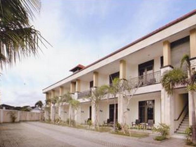 Swan Apartment Bali - Hotel Exterior