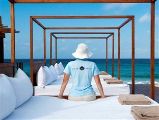White Pearl Resorts Zitundo - Day beds