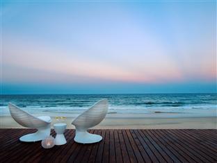 White Pearl Resorts Zitundo - View