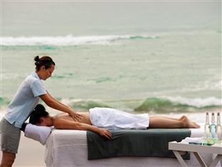 White Pearl Resorts Zitundo - Massages