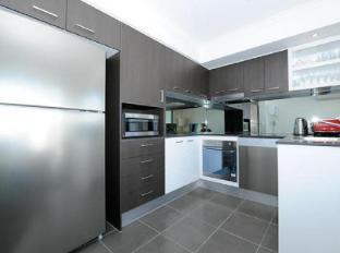 Morgan Suites Brisbane - Kitchen