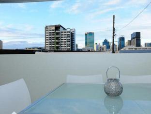 Morgan Suites Brisbane - Balcony/Terrace