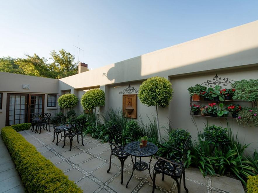 12 On Brecher Guest House - Hotels and Accommodation in South Africa, Africa