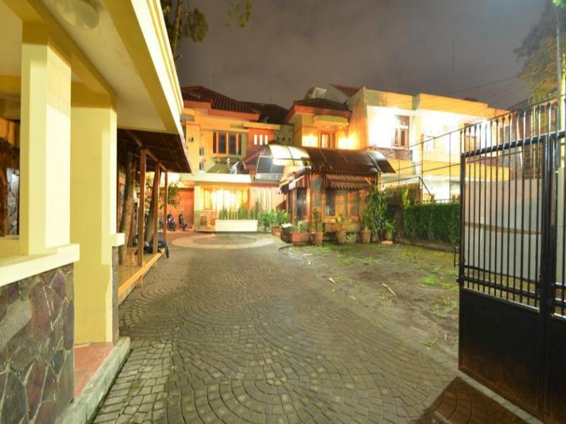 Amura Guesthouse - Hotels and Accommodation in Indonesia, Asia