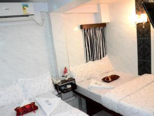 Kowloon TST Guest House Hong Kong - Double Double Room