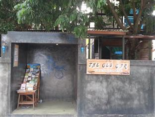 The Old Car Guesthouse - Hotels and Accommodation in Thailand, Asia