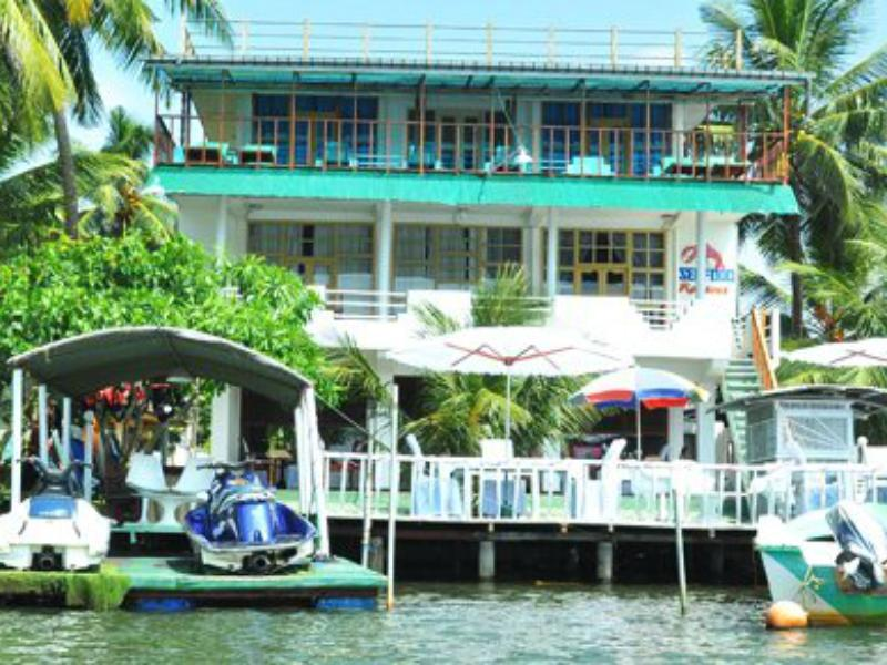 Luthmin River View Hotel - Hotels and Accommodation in Sri Lanka, Asia