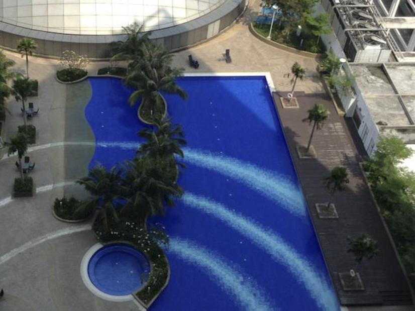 A&F Tropics Apartment
