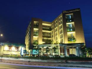Soll Marina Hotel Serpong Tangerang - Hotel Exterior