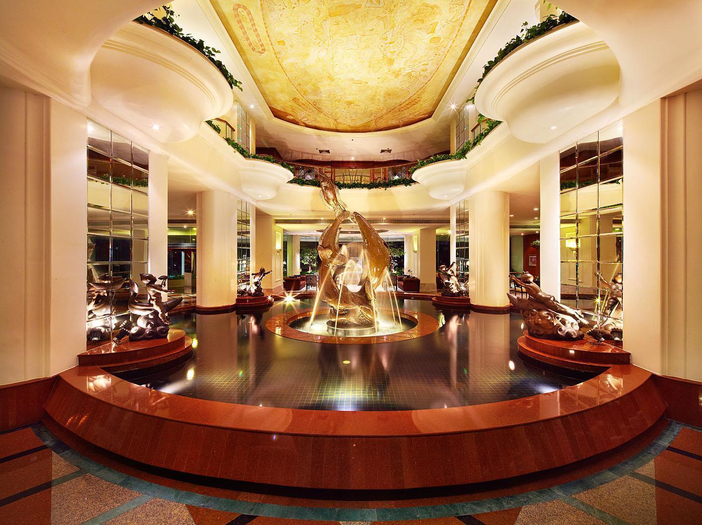 Ocean Marina Yacht Club Hotel