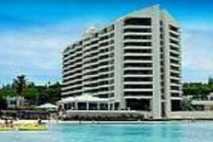 アルパン ビーチ タワー ホテルの外観