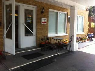 Park Motel Toronto (ON) - Exterior