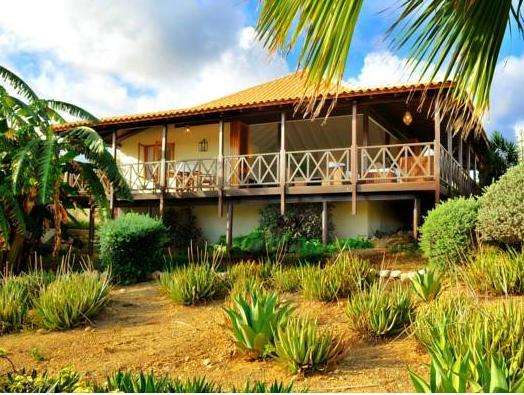 Papagayo Beach Resort - Hotels and Accommodation in Netherlands Antilles, Central America And Caribbean