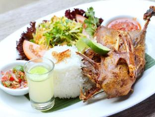 Arma Museum Resort & Villas Bali - Crispy Duck
