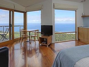 Chris's Beacon Point Villas - More photos