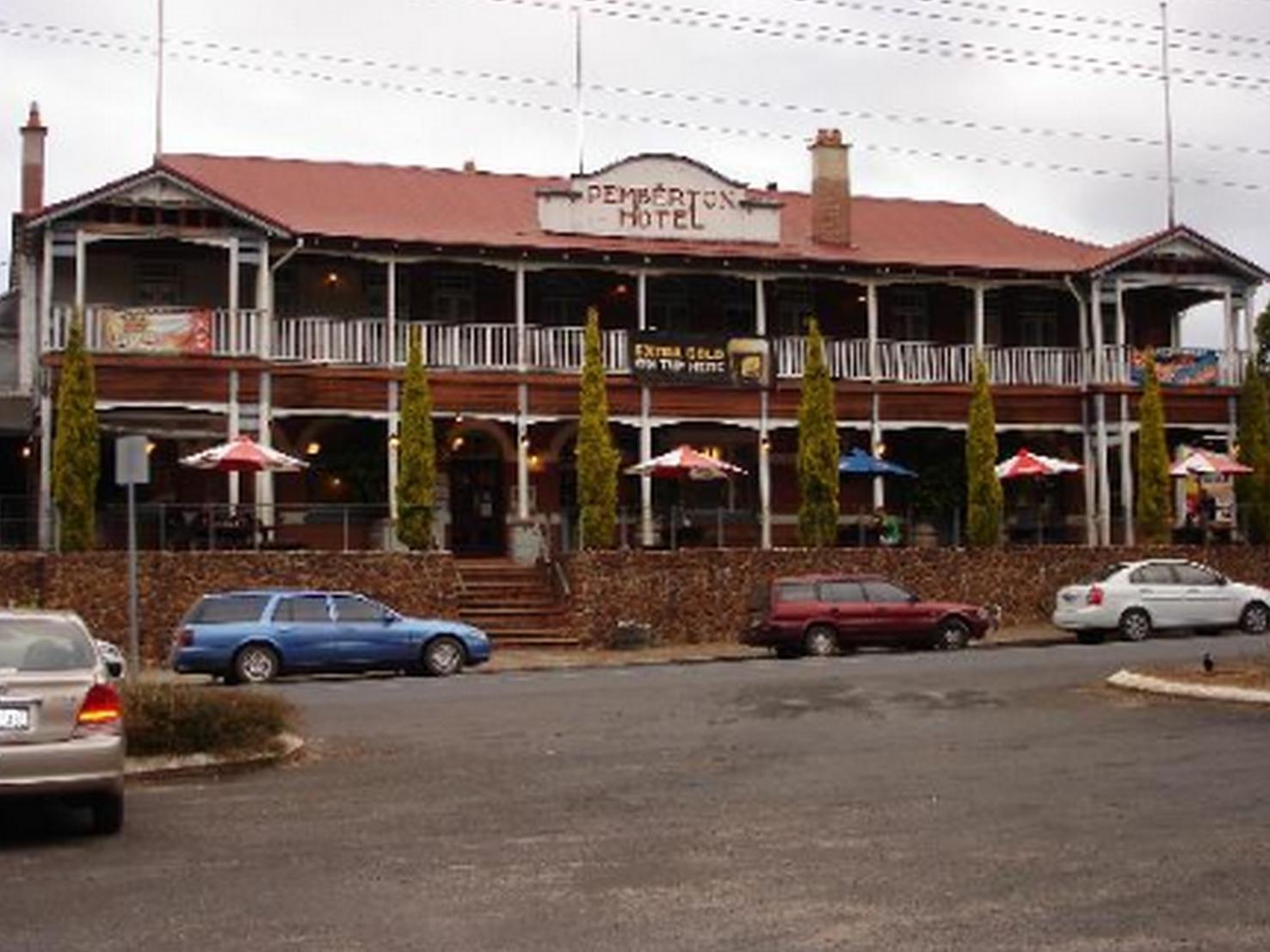 Best Western Pemberton Hotel - Hotell och Boende i Australien , Pemberton