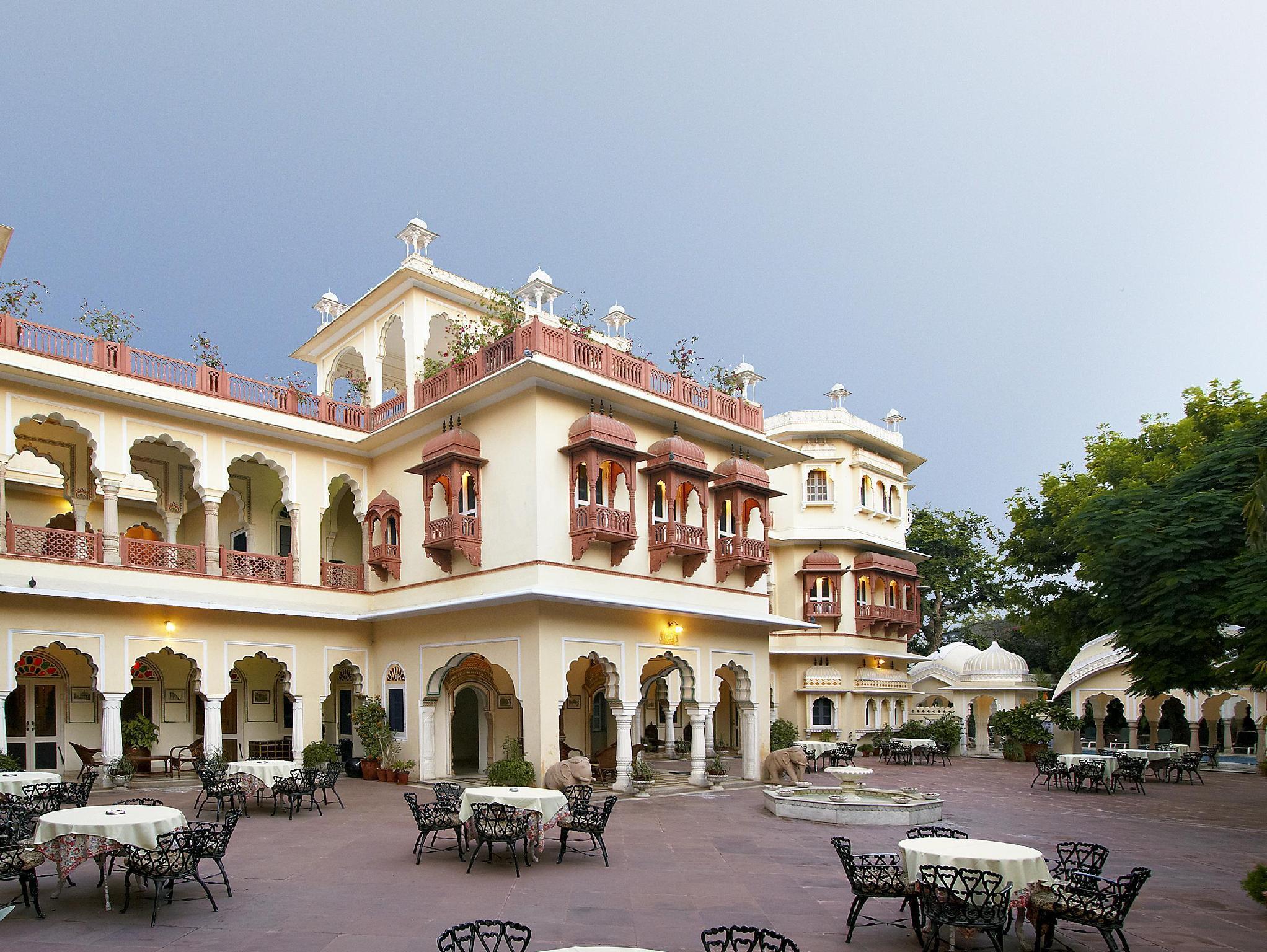 Alsisar Haveli Hotel - Hotell och Boende i Indien i Jaipur