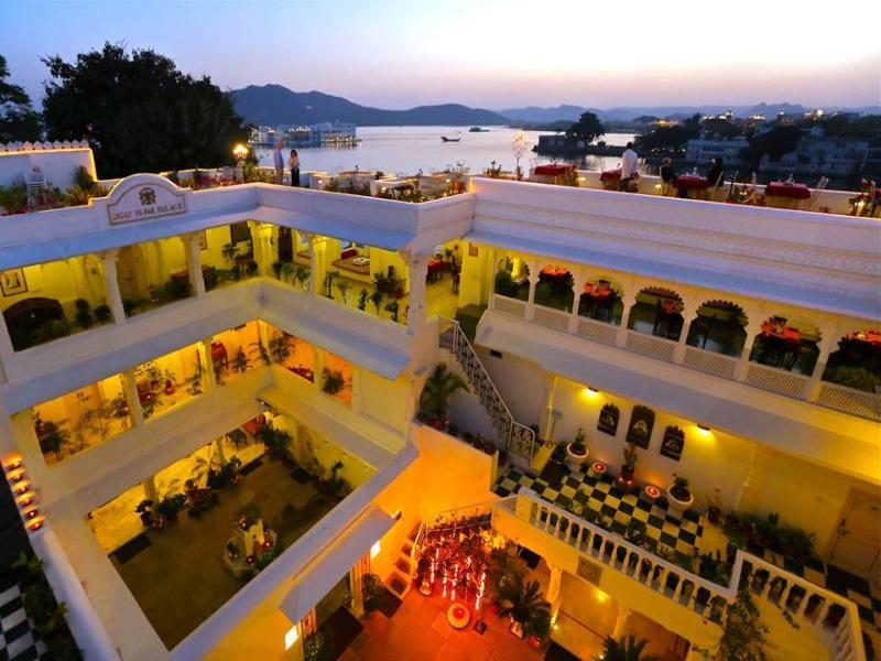 Jagat Niwas Palace Hotel - Hotell och Boende i Indien i Udaipur