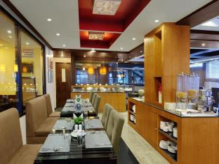 Quality Inn River Country Manali - Food, drink and entertainment