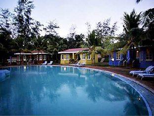 Varca Palms Beach Resort South Goa - Swimming Pool