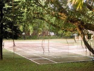 Varca Palms Beach Resort South Goa - Surroundings