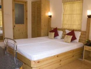 Varca Palms Beach Resort South Goa - Guest Room