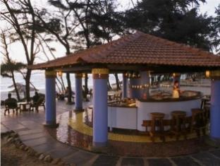 Varca Palms Beach Resort South Goa - Pub/Lounge
