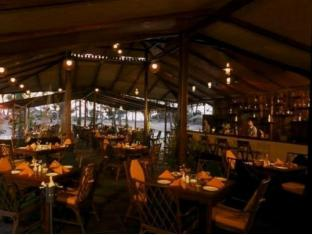 Varca Palms Beach Resort South Goa - Restaurant