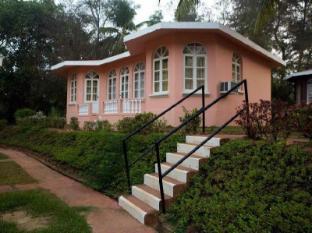 Varca Palms Beach Resort South Goa - Exterior
