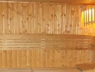 Q Properties Trident Apartments Dubai - Sauna