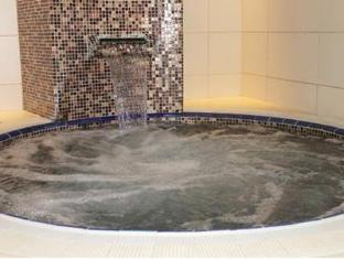 Q Properties Trident Apartments Dubai - Hot Tub