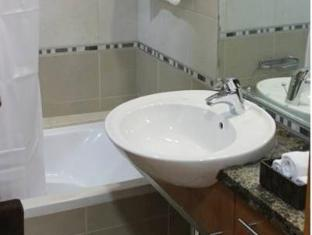 Q Properties Trident Apartments Dubai - Bathroom