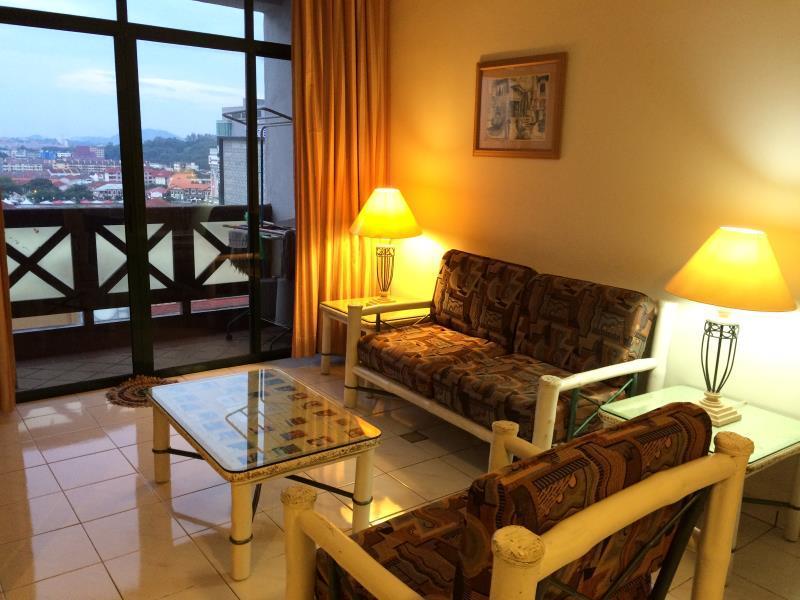 Happy Malacca @ Mahkota Hotel Wing 2 - Hotels and Accommodation in Malaysia, Asia