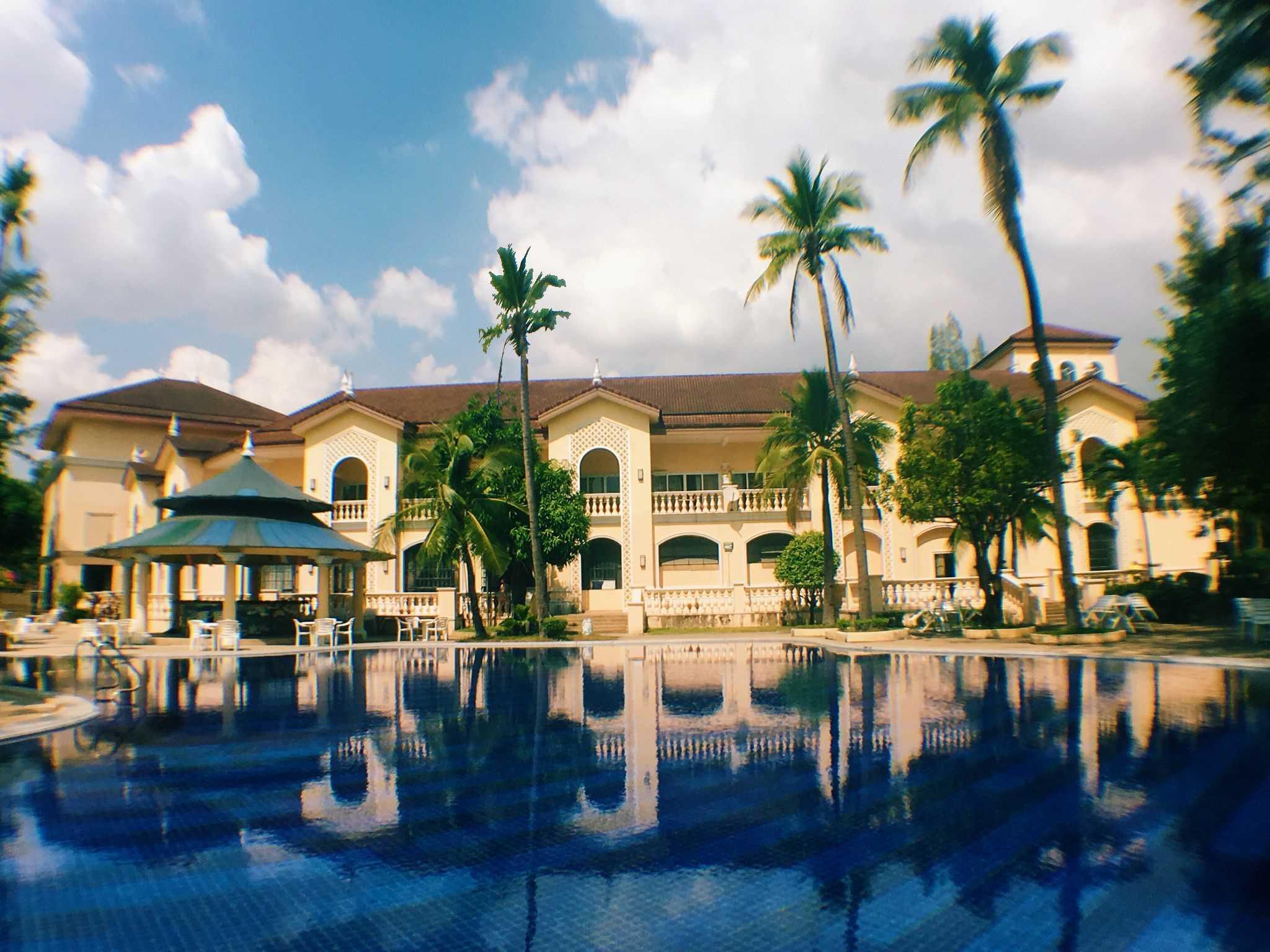 Club Morocco Beach Resort And Country Club Subic
