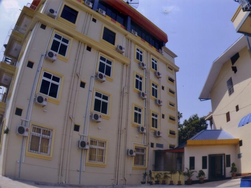 Hotel Shwe Eain Taw - Hotels and Accommodation in Myanmar, Asia
