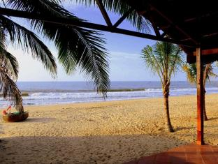 Ananda Resort Phan Thiet - View of the Beach from the Restaurant