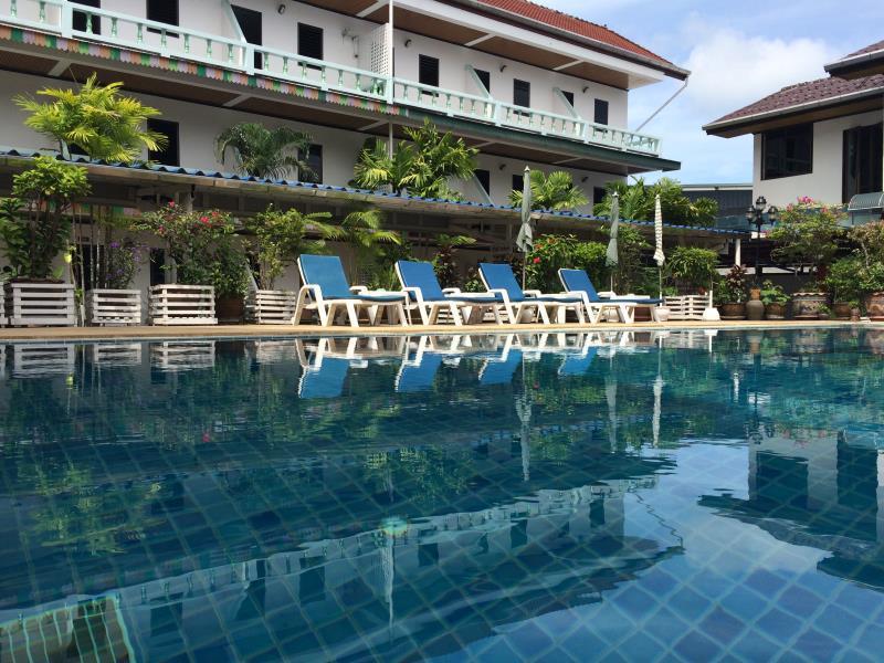 Hotell Rabbit Mansion i Patong, Phuket. Klicka för att läsa mer och skicka bokningsförfrågan