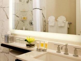 Latham Hotel Downtown Philadelphia (PA) - Bathroom