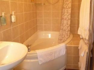 Varley House Ilfracombe - Bathroom