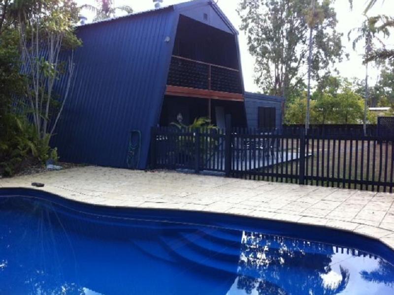 Seascape Holidays Apartment - Beach Barn - Hotell och Boende i Australien , Port Douglas