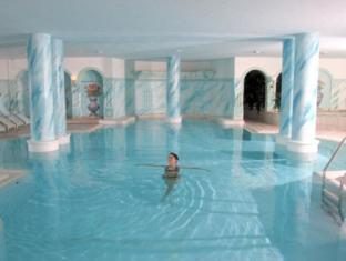 Grand Hotel Zell Am See Zell Am See - Swimming Pool