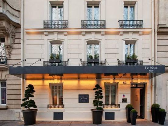 Hotel Le Bailli de Suffren - Hotell och Boende i Frankrike i Europa