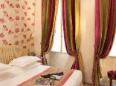 Hotel Dauphine Saint Germain Paris - Guest Room
