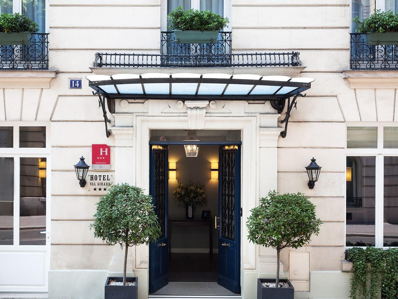 Hotel Val Girard - Hotell och Boende i Frankrike i Europa