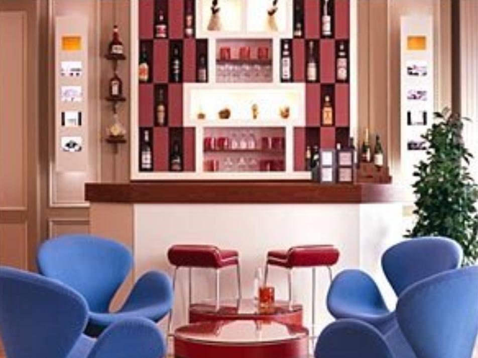 Hotel Tilsitt Etoile Paris - Hotell och Boende i Frankrike i Europa